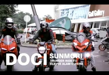 http://content.docindonesia.com/files/video_cover/doci-sunday-morning-ride-910643255dbbdfa.png